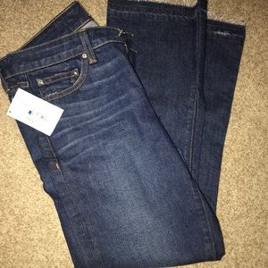 Cropped flare jeans. Never worn